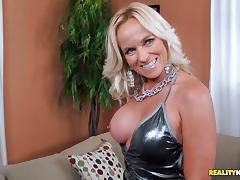 Mature blonde Dani Dare loves to fuck