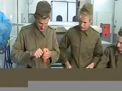 Gruppensex in Uniform tube porn video