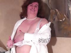 Big old granny with hairy vagina