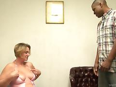 Chunky mom fucking a BBC for the first time and gets cum on her tits