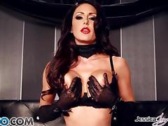 Playful pussy pot Jessica Jaymes playing with her clit slit tube porn video