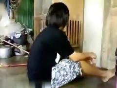 Cute oriental pair has a quckie porn tube video