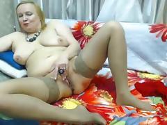 mature wife x milf pussy rubbing