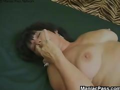 Older whore fucked from behind porn tube video