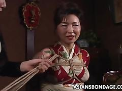 Asian mature bitch has a rope session to endure tube porn video