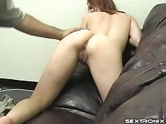 She gets her pussy licked then gives him some great head porn tube video