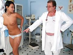 Czech babe Carmen Blue pussy spreader check up