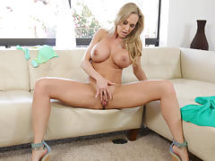 Brandi Love in Sexy Lady Scene