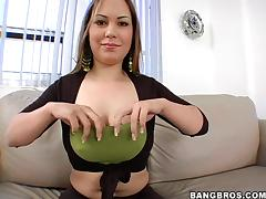 Good Looking Doll Awarding Her Horny Dude A Superb Titjob