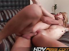 Amateur babe stuffs her mouth with hard cock