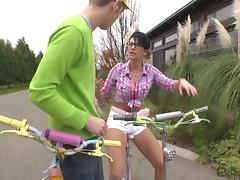 Hot girl on bicycle finds a boy to fuck with tube porn video