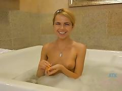Sex date with Alina West