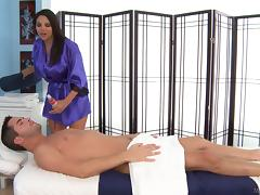 No massage can go without a hot blowjob from this brunette