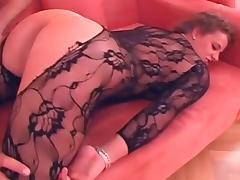-dicke deutsche Titten im catsuite tube porn video