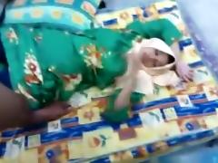 Muslim hijab asian girl gets missionary fucked on the floor tube porn video