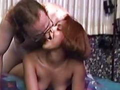 Vintage brunette fucked in first sextape