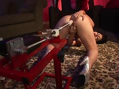 Big butt slut prefers anal fucking with the dildo machine tube porn video