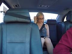 Horny blonde bitch has her hairy pussy fucked in the car