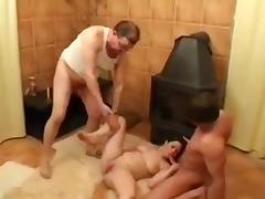 Cuck Shares Chubby GF