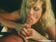 Ginger Lynn gives a great blowjob