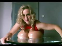 Nelli Roono - Big Boobs Squished (Mommy Got Boobs)