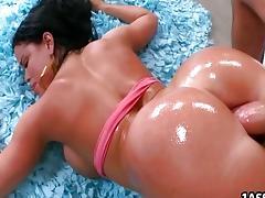 Big white ass Nikki Delano tube porn video