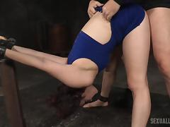 endza gets some lessons in obedience tube porn video