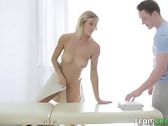 Shapely blonde gets turned on by a massage and fucks her masseur hardcore porn tube video