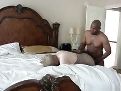White gilf makes a sextape with her black husband tube porn video