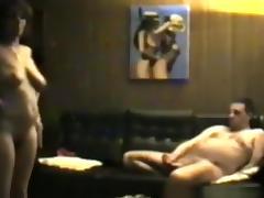 Mature couple makes a sextape on music of elvis porn tube video