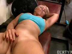 Gym Hottie Masturbating tube porn video