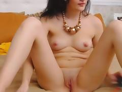 Gorgeous Babe Fingering Her Shaved Pussy On Cam porn tube video