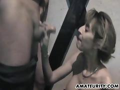 Bootylicious amateur babe with huge tits sucks her lover's dick
