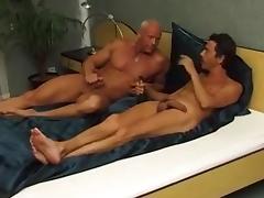 Zwei Schwanze fur ein Halleluja porn tube video
