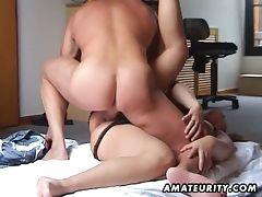 Chubby babe fucked in a hot homemade porno