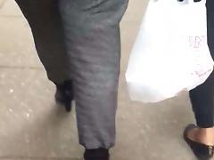 Juicy booty milf in grey pants vpl 3 porn tube video