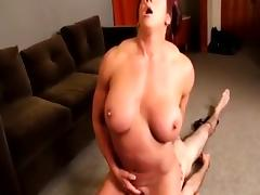 Strong woman Fitnis at home !! porn tube video