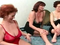 Mature couples plays spin the sex bottle porn tube video
