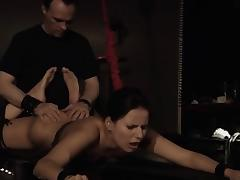 Stuck in ropes Claudia Rossi getting the dick in her mouth