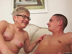 Mom and Boy, 18 19 Teens, Granny, HD, Horny, Mature