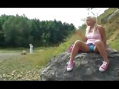 Blond whore banged outdoors