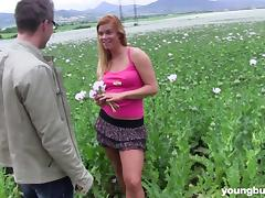 Tantalizing chick has the most amazing poking session on the grass