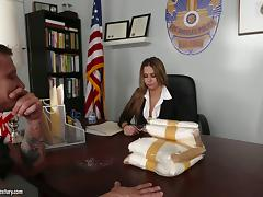 A DEA agent delivers some drugs to his boss then fucks her tube porn video