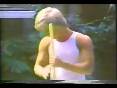 Chocolate vintage shemale drills a guy in a yard tube porn video