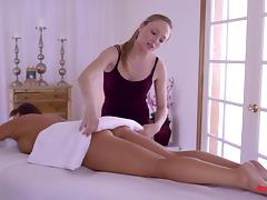 Girls forget about the rubbing and eat pussy on the massage table