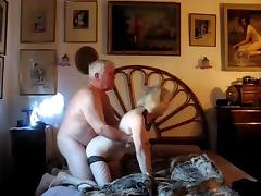 Older Couple with great performance porn tube video