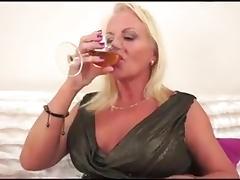 ANAL GRANNY IR tube porn video