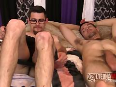Adorable nerdy guy sucks the cock like there's no tomorrow tube porn video