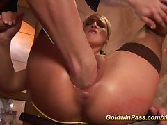 babe needs extreme pussy stretching