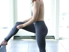Little Miss Flexible porn tube video